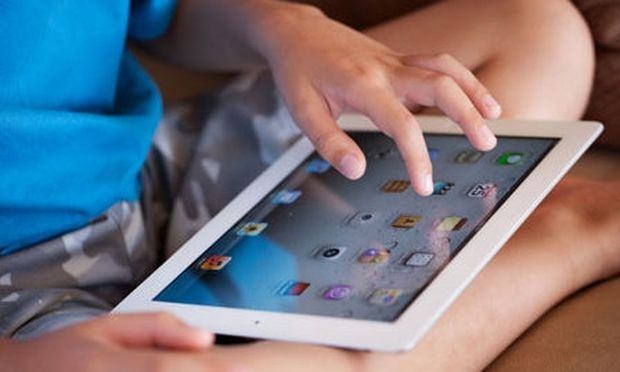 Παιδιά και iPad, πόσο να ασχολούνται;
