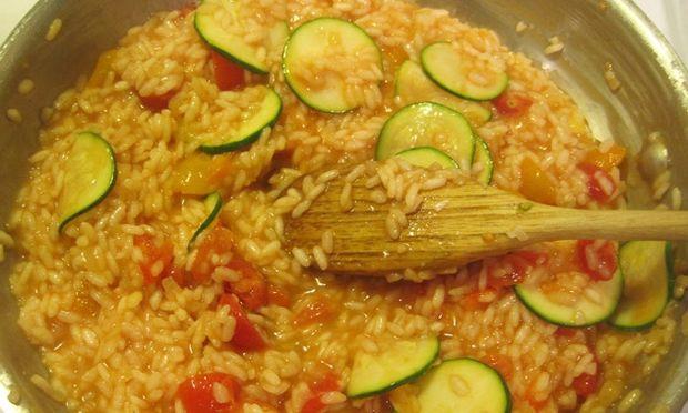 Ριζότο με ντοματάκια και κολοκύθι