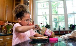 Αφήστε το παιδί σας να διασκεδάσει φτιάχνοντας μόνο του το κολατσιό του!