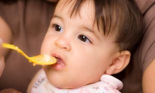 Ποιο είναι το σωστό κουτάλι για τις πρώτες τροφές του μωρού μου;
