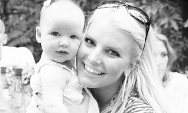 Jessica Simpson: Γιόρτασε τα γενέθλια του συζύγου της για πρώτη φορά με την κόρη της!