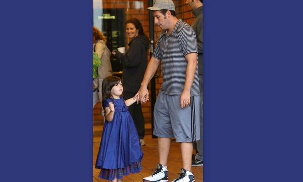 Adam Sandler: Με την κόρη του για φαγητό!