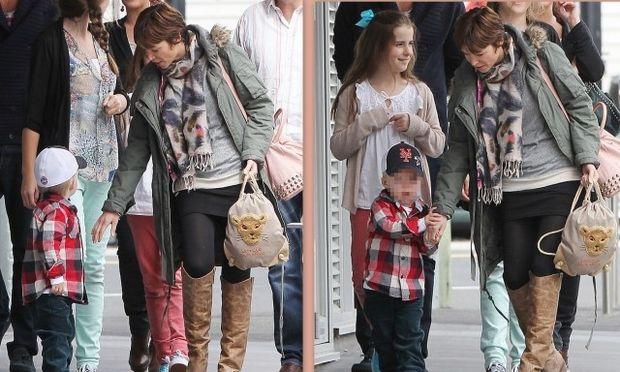 Η Dannii Minogue ξανά κοντά στον γιο της μετά από εβδομάδες απουσίας!