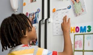 Φτιάξτε χειροποίητα μαγνήτακια για το ψυγείο με τις οικογενειακές φωτογραφίες!