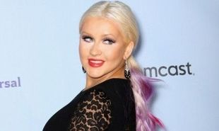 Christina Aguilera: Αποφάσισε να «κρατήσει» τα κιλά της εγκυμοσύνης της!