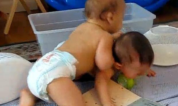 Βίντεο: Τα αγόρια θα είναι πάντα αγόρια!