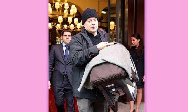 Χαζομπαμπάς ο Bruce Willis: Πουθενά χωρίς την κόρη του!