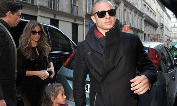 Jennifer Lopez: Με την κόρη της στις παριζιάνικες μπουτίκ!
