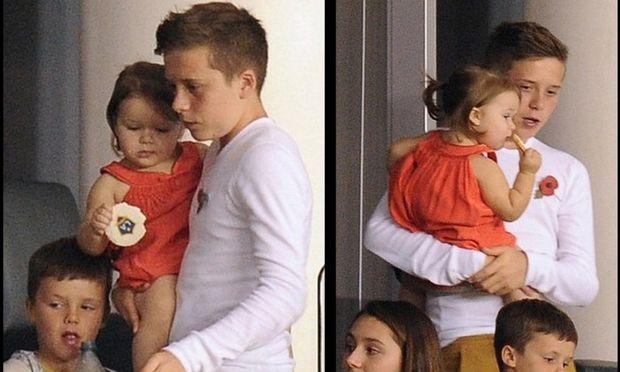 Η γλυκιά Harper με τον... Big Brother της!