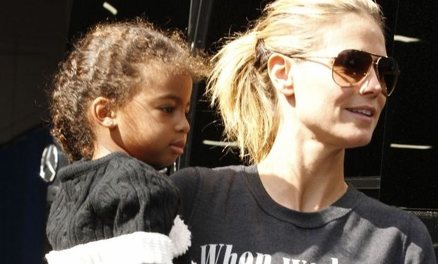 Heidi Klum: Προετοιμάζει τα πρώτα Χριστούγεννα με τα παιδιά της μετά το διαζύγιο