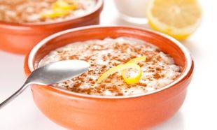 Ο Νικόλας Σακελλαρίου φτιάχνει ρυζόγαλο με κρόκο Κοζάνης και μέλι!