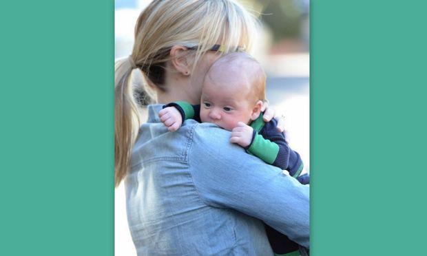 Reese Witherspoon: Οι πρώτες φωτογραφίες με το νεογέννητο μωρό της!