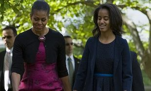 Malia Obama: 14ων ετών και έχει φτάσει τη μαμά της στο ύψος!