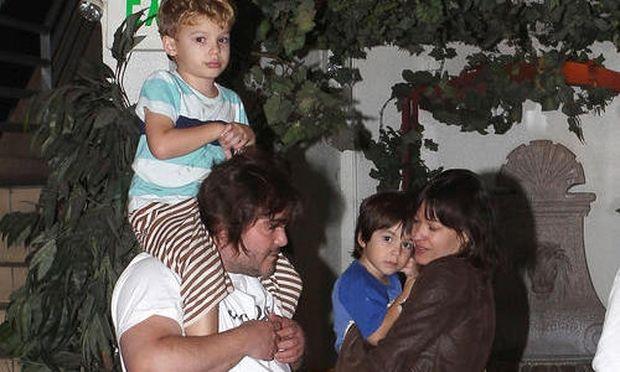 Jack Black: Για δείπνο με τη σύζυγο και τα παιδιά του