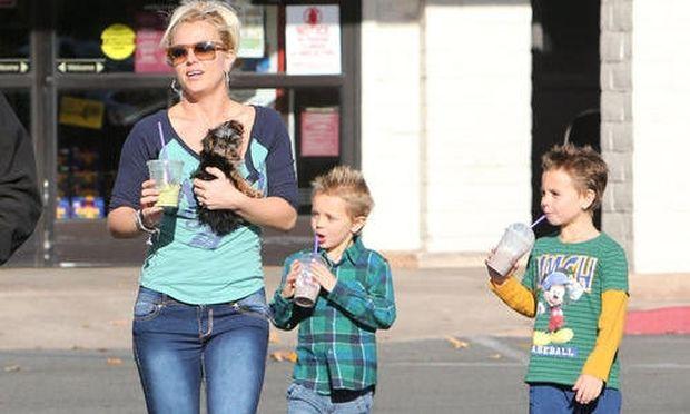 Britney Spears: Πως μεγάλωσαν οι γιοί της!