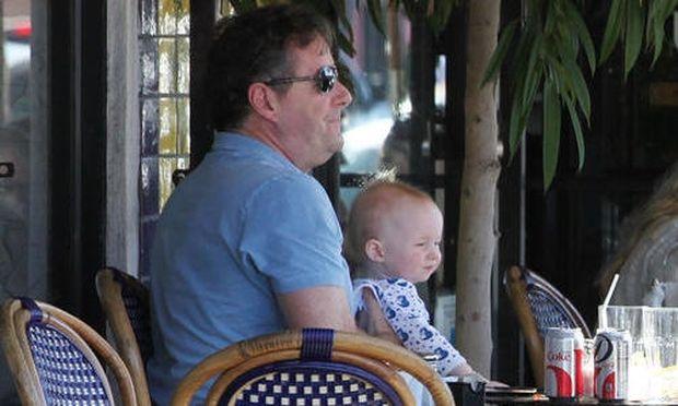 Ο Piers Morgan μας παρουσιάζει την κόρη του