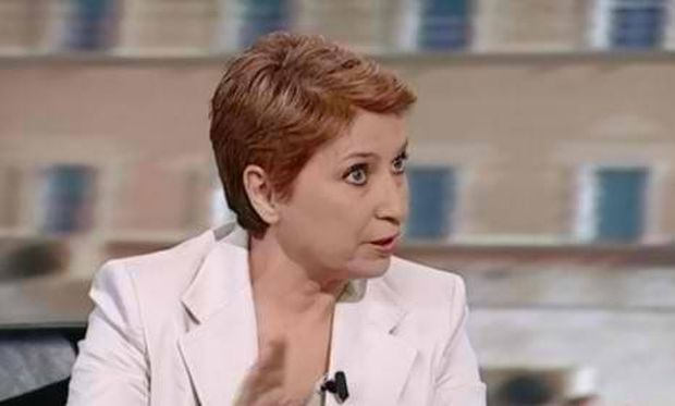 Η ιστορία της δημοσιογράφου Ελένης Καλογεροπούλου και η υιοθεσία του γιου της!