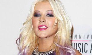 Christina Aguilera: Ο θηλασμός την βοήθησε να χάσει τα κιλά της εγκυμοσύνης!
