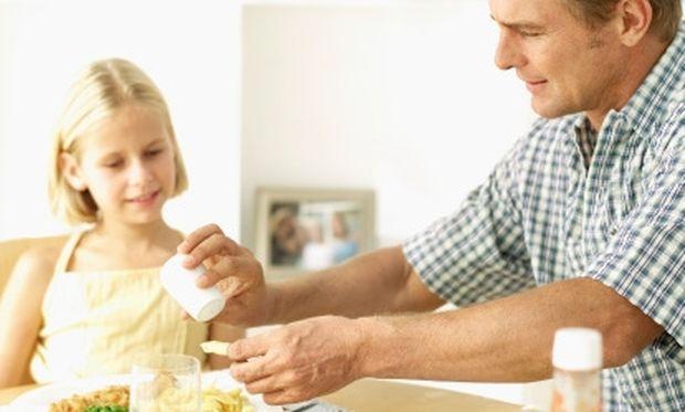 Πόσο αλάτι χρειάζεται το φαγητό του παιδιού μας;