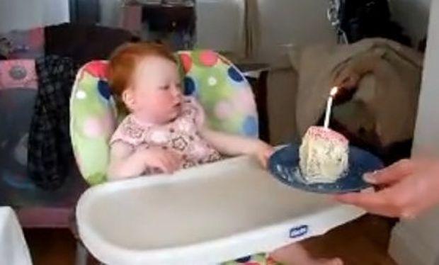 Βίντεο: «Μπλιάχ! Η τούρτα είναι μου είναι αηδία»