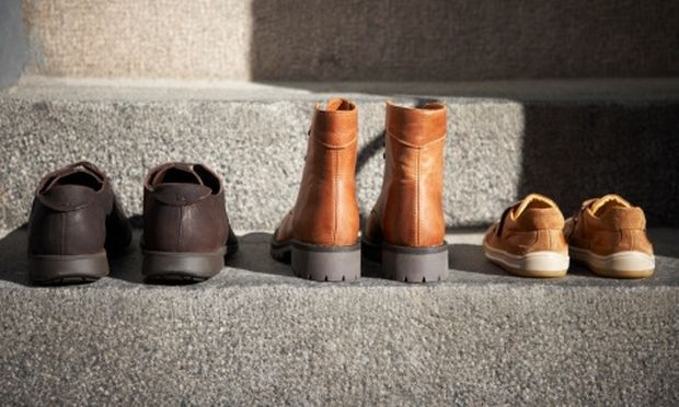 SOS: Βγάλτε τα παπούτσια σας έξω από την πόρτα!