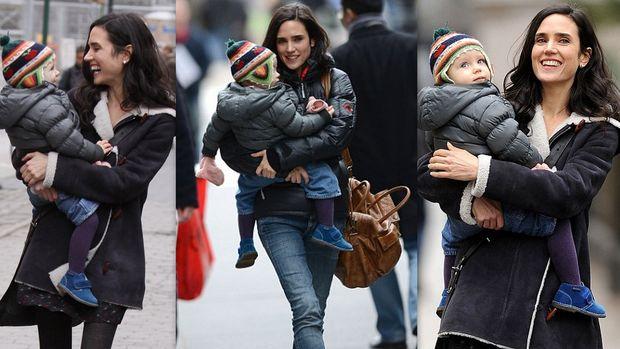 Jennifer Connelly: Γέλια και παιχνίδια με την κόρη της στα πλατό της ταινίας της