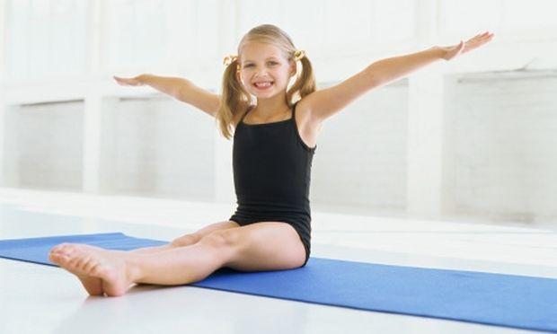 Κάντε γυμναστική με τα παιδιά και προσαρμόστε την στις αντοχές του!