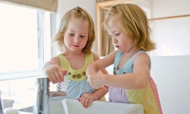Γιατί πρέπει το παιδί μου να πλένει συχνά τα χεριά του;