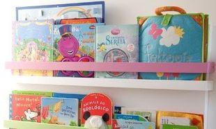 Φτιάξτε μια φανταστική πολύχρωμη θήκη για βιβλία από… παλέτες!