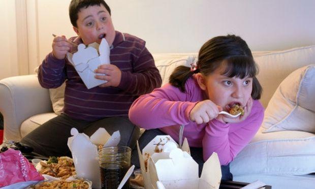 SOS: Η παιδική παχυσαρκία σε… νούμερα! Αυξήθηκαν τα ποσοστά στη χώρα μας!