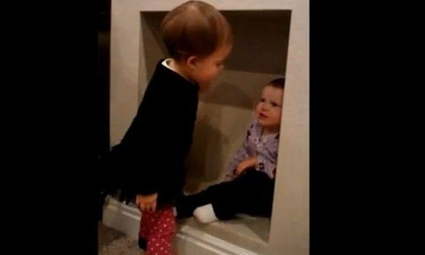 Βίντεο: Όταν η Lydia και η Alice τσακώνονται!