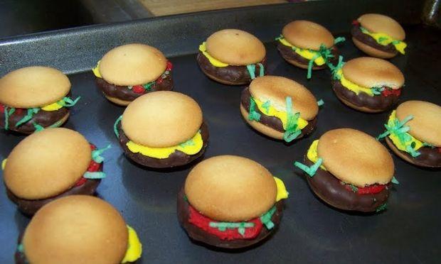 Κι όμως δεν είναι hamburgers, είναι μπισκότα!