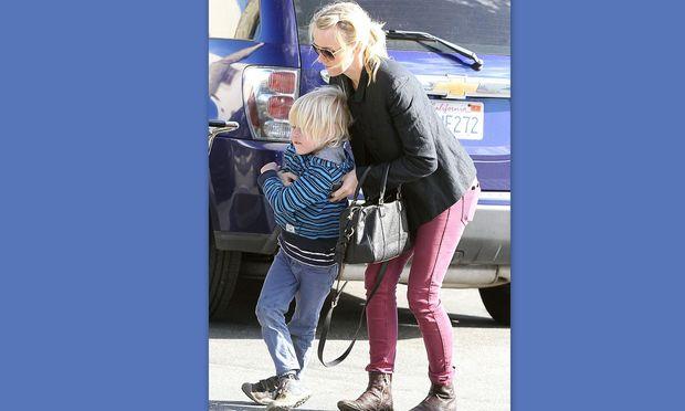 Ο άτακτος γιος της Naomi Watts! (φωτό)