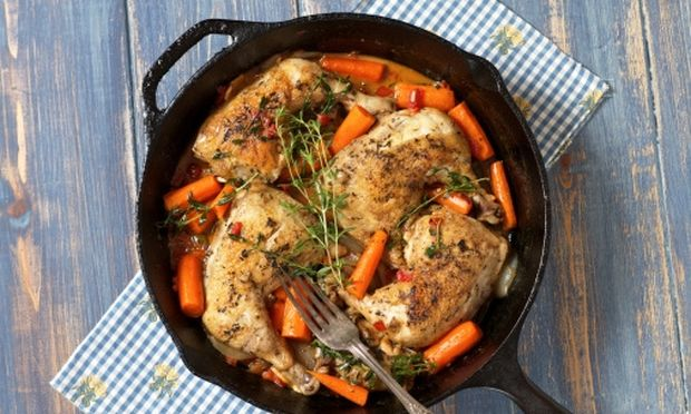 Μπουτάκια κοτόπουλου με μανιτάρια και καρότα!