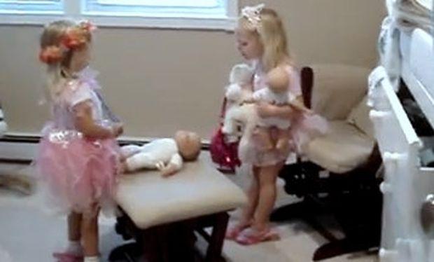 Βίντεο: Πιτσιρίκες τσακώνονται για το «Happy birthday»