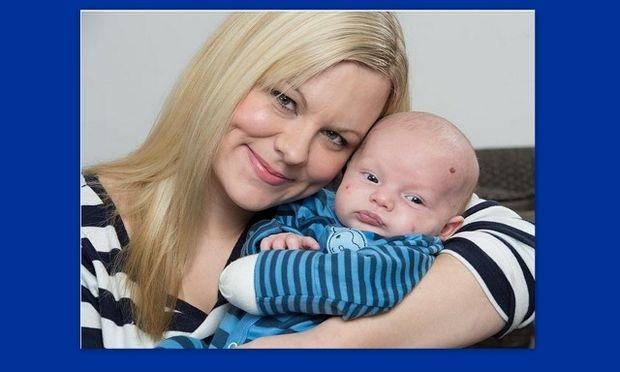 Σοκ: Μητέρα περιγράφει τον τρόπο που έσωσε τον γιο της από τα δόντια μιας αλεπούς! (φωτό)
