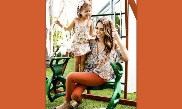 Η ευτυχισμένη μαμά Jessica Alba μιλάει για τις κόρες της!