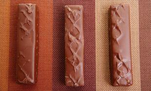 Λαχταριστά δαχτυλάκια σοκολάτας με πραλίνα και φρούτα του δάσους!