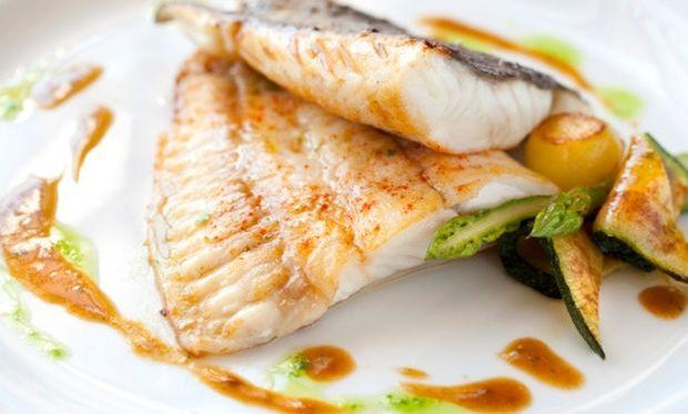 Μμμμ… ψαράκι πέρκα με λαχανικά!