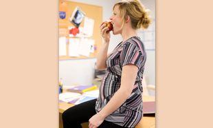 Το «ταπεράκι» της εγκύου στο γραφείο!