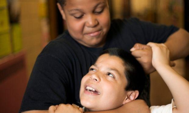 SOS: Πώς θα καταλάβω ότι το παιδί μου έχει πέσει θύμα εκφοβισμού στο σχολείο;