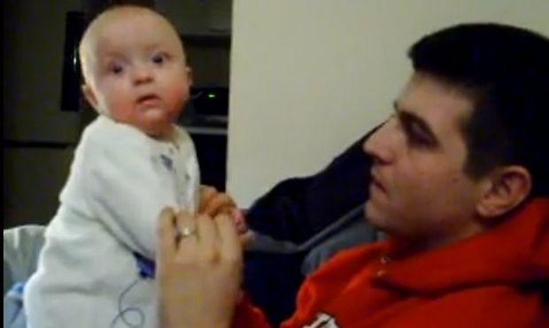 Βίντεο: Ο μπαμπάς με έκανε να κλαίω!