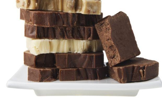 Νόστιμο σοκολατένιο γλυκάκι έτοιμο στο λεπτό!