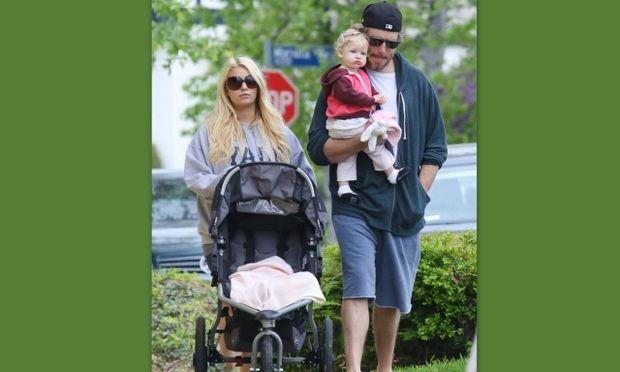 Jessica Simpson και οικογένεια: Πώς πέρασαν τη μέρα του Πάσχα! (φωτό)