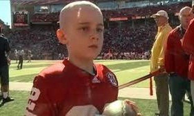 Έκανε το όνειρο του πραγματικότητα! Έπαιξε football με την αγαπημένη του ομάδα!