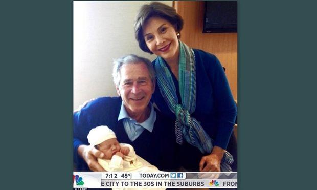 Αυτό είναι το πρώτο εγγονάκι του Τζορτζ Μπους (φωτογραφίες)