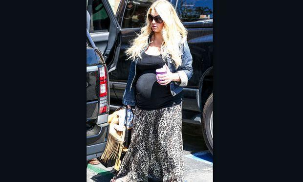 Το ξεχωριστό baby shower της Jessica Simpson για τον γιο της που έρχεται!