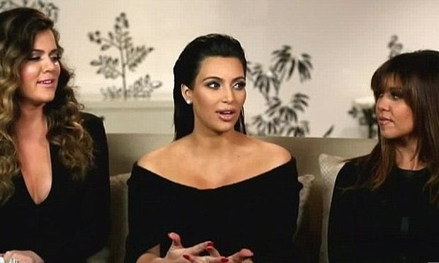 """Kim Kardashian: Μιλάει για την """"τρομακτική"""" εγκυμοσύνη της"""