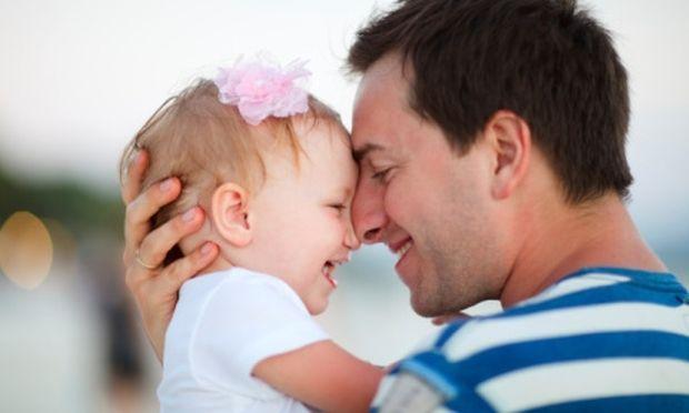 Γιατί τα μωρά λένε πρώτα «μπαμπά»;