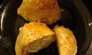 Tέλεια συνταγή για το Πάσχα: Αυγά τυλιχτά σε σφολιάτα!